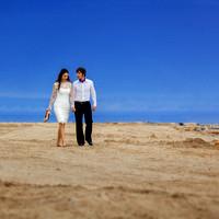 Brautpaar am Strand. Italienische Hochzeit.