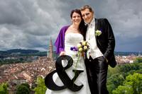 Brautpaar im Rosengarten, Bern. Aussicht von Berner Altstadt.